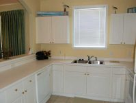 1024 River Crossing kitchen