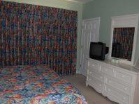 1024 River Crossing master bedroom