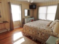 13 - 10.19 - 1st Bedroom (2) - Sand Dollar