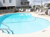 14 - 10.19 - Pool (2) - Beach Master 305