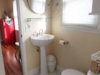 17 - 10.19 - 1st Bathroom (3) - Sand Dollar