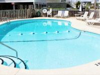 24 - 8.27.19 - Pool - Beach Master 305