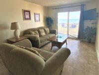 8 - 5.12.21 - Living Room - Beach Master 305