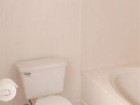 Shalimar 8C - Master Bathroom