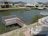 24 - Stationary Dock - Cricket Cottage