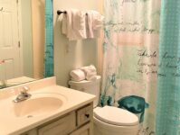 15 - Teal Lake 212 - Guest Bathroom - January 2021