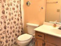 11 - Hallway Bathroom - Dunes Crest PH-IV