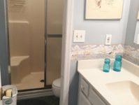 21 - 10.19 - 2nd Bathroom (in 3rd Bedroom) - Johnson Lair