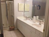 24 - 11.19 - Master Bathroom (1) - Clubhouse Villas 5825