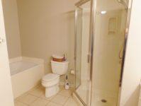 25 - 11.19 - Master Bathroom (2) - Clubhouse Villas 5825