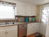 37 - 10.19 - Kitchen (4) - Sand Dollar