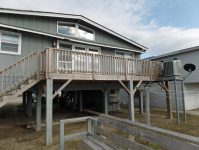 Love Cottage Rear Deck